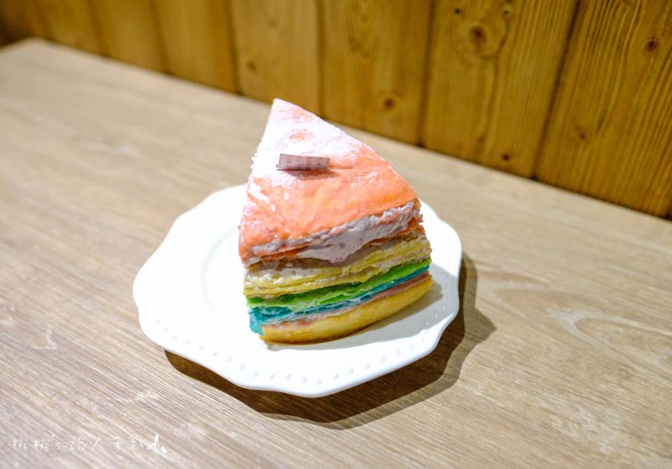 IG打卡美食》好咖 Howcup CURRY CAFE│毛怪蛋糕、彩虹千層你要選哪一個?