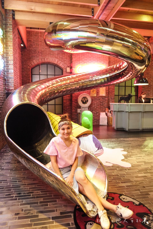 台中住宿》推薦紅點文旅溜滑梯飯店│大人放鬆小孩玩瘋,童趣滿點的文青飯店