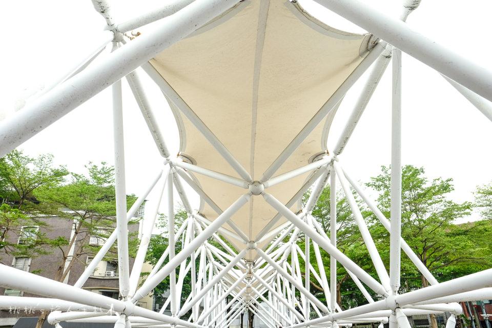 IG打卡景點》台中公益公園情人橋│不曾被注意過的市區隱藏景點