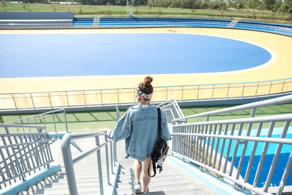 IG打卡景點》台中港區運動公園│國際正規滑輪溜冰場,竟成為拍照打卡聖地