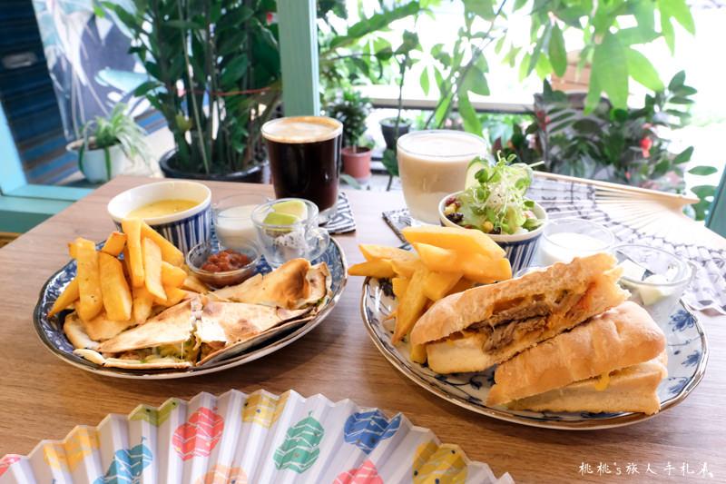 板橋早午餐》邑朵早午餐 夢幻彩繪樹下的饗宴│台北打卡餐廳推薦!