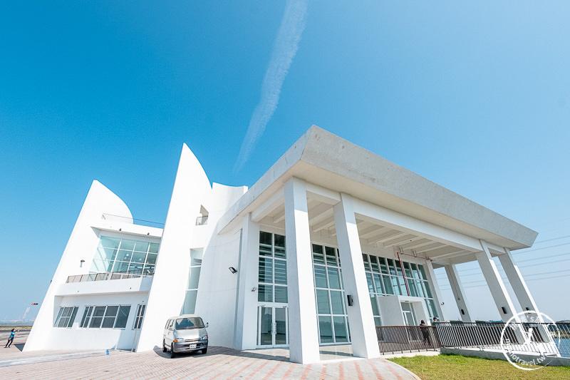 彰化景點》白色海豚屋 自然生態教育中心│慶安水道旁美拍景點公開