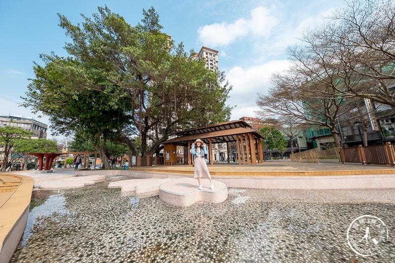 桃園景點》民族公園 美拍富士山溜滑梯│另有免費噴水戲水池限定開放