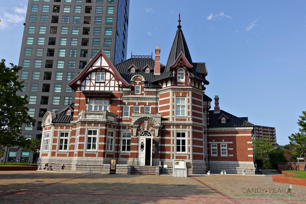 門司港站景點│「北九州市立國際友好紀念圖書館」